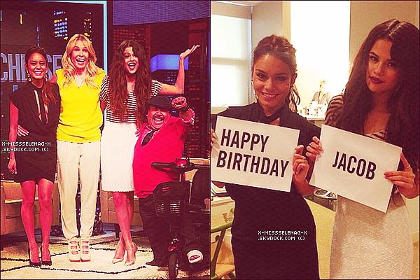 + March 21st  ;   Selena et Vanessa sur le plateau de «Chelsea Lately». +