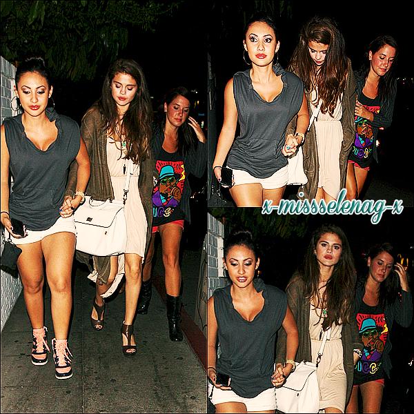 + June 7th  ;   Selena, Charity et Francia allant dîner au «Chateau Marmont» à Los Angeles. + Nouveaux stills et autres photos du film Spring Breakers ainsi que des vidéos. Encore et encore. J'en ai marre de SB. +