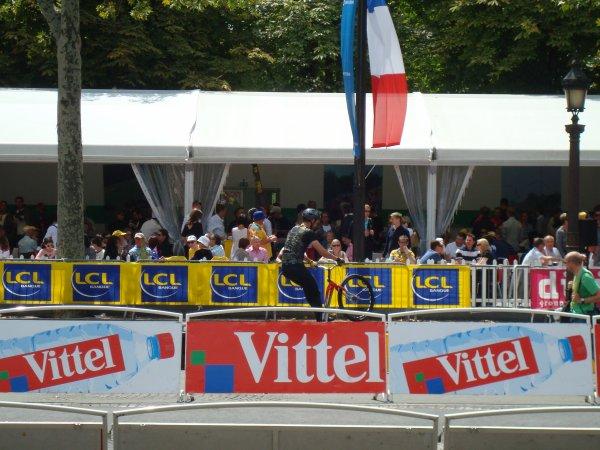 Marc Vinco sur le Tour de France 2011, Paris Champs Elysées