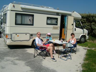 tour de bretagne en camping car ami 8 citroen la voiture qui ne te laisse pas. Black Bedroom Furniture Sets. Home Design Ideas
