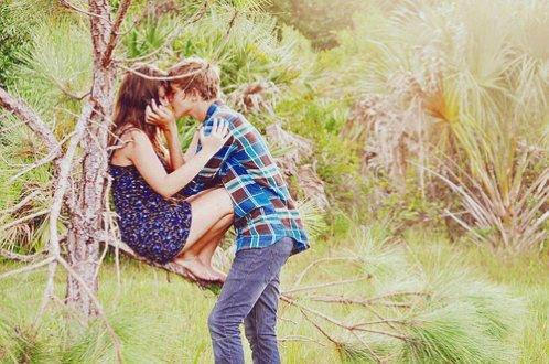 L'amour est comme le feu, il faut l'entretenir pour ne pas qu'il s'éteigne #
