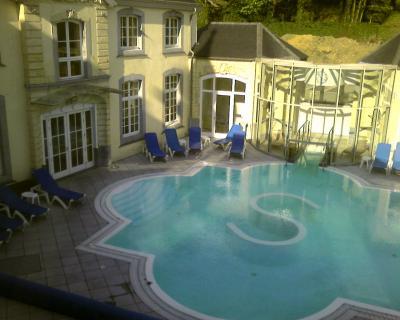 Les termes de chaudfontaine photos photos d lire for Chaudfontaine piscine