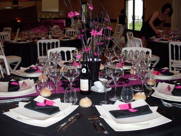 D coration anniversaire noir rose la d co - Deco de table noir et rose ...
