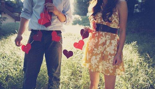 �. � Tout nous �chappe sans cesse, m�me les �tres qu'on aime. Mais reste la certitude que certains moments ont �t� ce qu'on appelle le bonheur. �   L.Tardieu