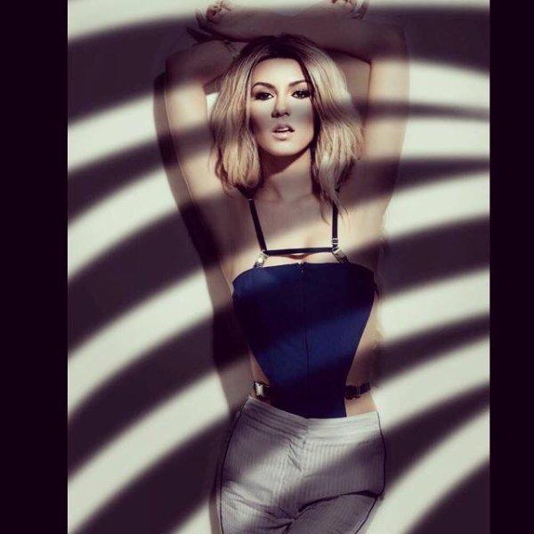 Victoria Justice Kode Magazine Fashion