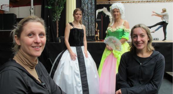 Deux dilettantes de la comédie musicale tombées amoureuses de Mozart
