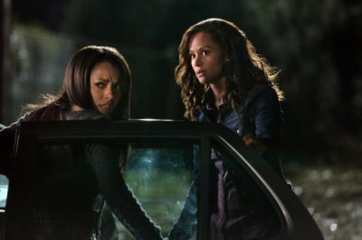 "The Vampire Diaries 3.12 ""The Ties That Bind"" and Gossip Girl 5.11 ""The End of the Affair?"" et 5.12 ""Father And The Bride"""