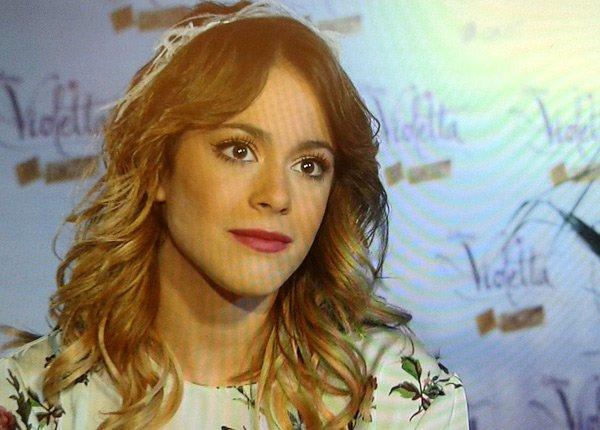 Violetta : quand TF1 s'intéresse au phénomène et à Martina Stoessel