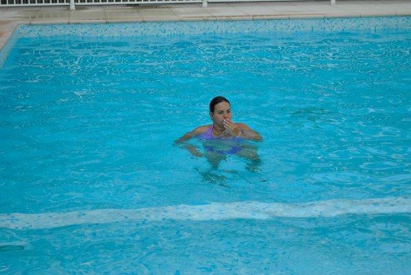 Les filles la piscine blog de romane06700 for Piscine 06700