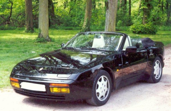guide d 39 achat porsche 944 mes aventures en porsche 944. Black Bedroom Furniture Sets. Home Design Ideas