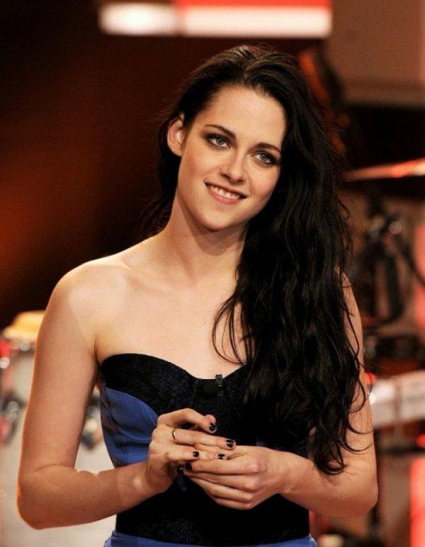 Kristen Stewart est nominé au Kids Choice Awards 2012
