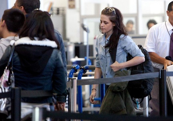 Kristen Stewart (re)débarque à Paris