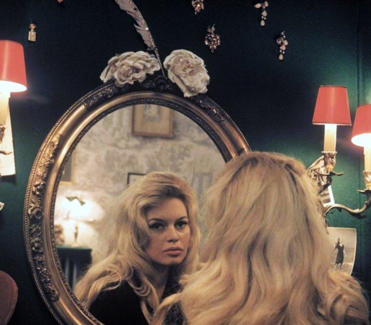 Citation comme en vous contemplant dans le miroir la for Reflet dans le miroir