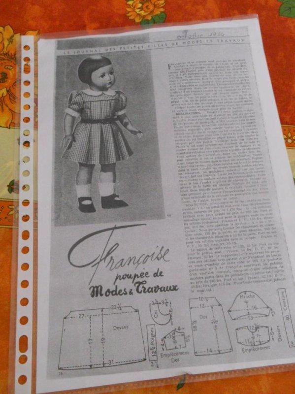 1954 octobre / robe entre saison / en cours