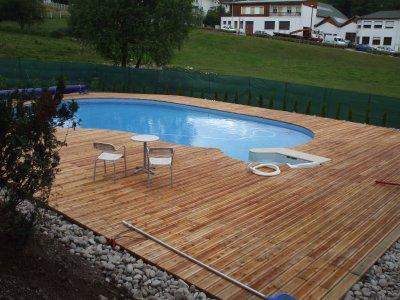 Plancher bois blog de poirotpaysage - Habillage tour de piscine ...