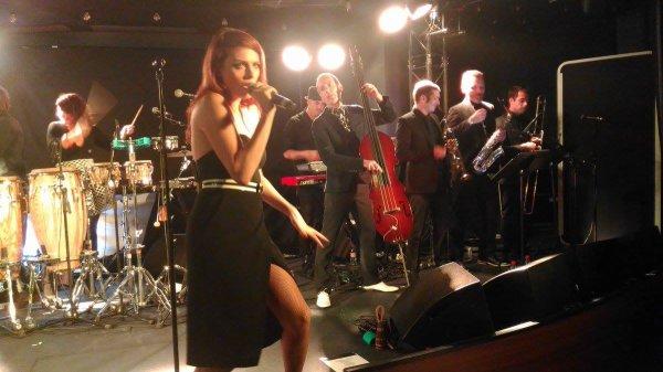 nouvelles vagues sur la sc�ne du Jazz Club Etoile avec elodie frege pour Paris covery et l'inauguration de l'h�tel m�ridien a paris le 22 septembre 2016 ( 1 )
