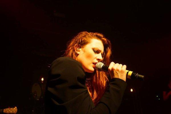 Elodie frégé en concert a Berlin en Allemagne le 23 novembre 2016 ( 2 et fin )