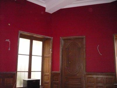 Murs r enduits peinture ton rouge velour mat elec refaite pose d 39 un jo - Peindre un mur en rouge ...