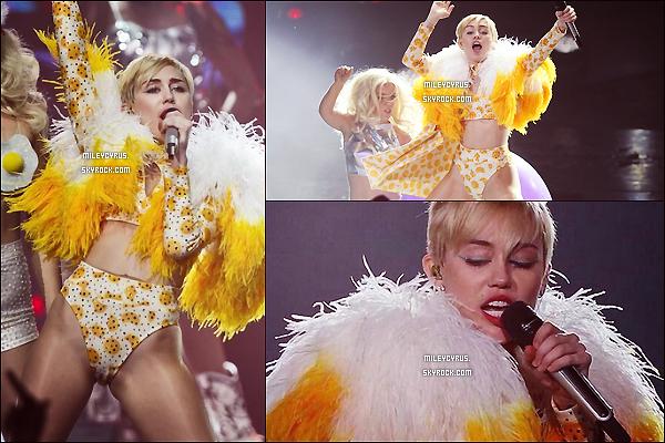 . |21/09/2014 | Concert | Miley continue toujours le Bangerz Tour et elle est toujours au Mexique � Guadalajara ! .