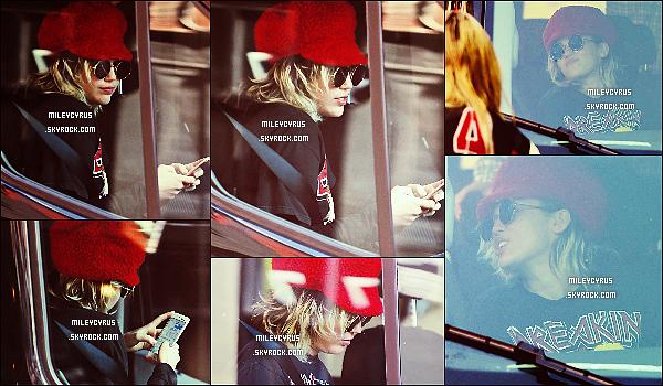 . 01/03/16 - Miley C. a �t� vu arrivant sur le plateau pour commencer le tournage de la s�rie de Woody Allen ! C'est parti le tournage commence pour Miley dans la nouvelle s�rie de Woody Allen. Sinon je trouve Miley tr�s belle ! Et toi t'aimes ? .