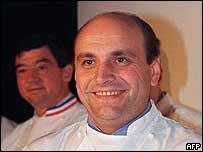 Blog de tombes page 95 tombe de celebrites for Cuisinier loiseau