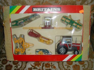 Coffert britains tracteur miniature - Tracteur ancien miniature ...