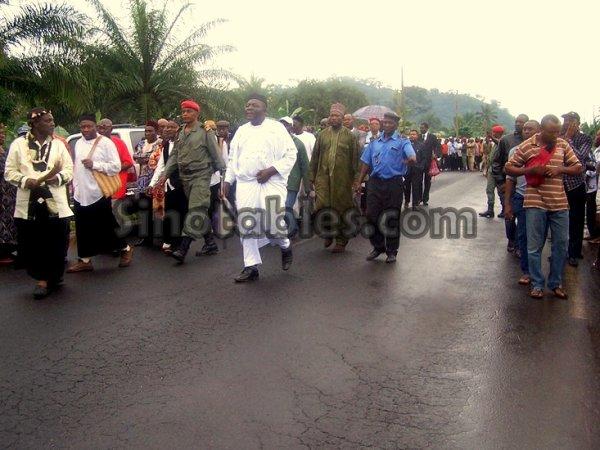 Cameroun Menoua : Une mission du Minatd pour r�soudre le conflit  de comp�tence  territoriale qui oppose Dschang et Santchou sur le village Nteingue
