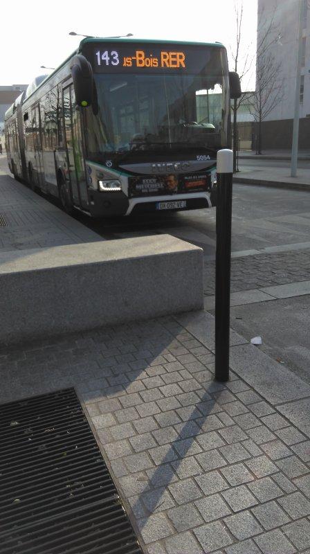 Ligne 143 La Courneuve-Aubervilliers RER ↔ Rosny-sous-Bois RER