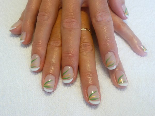 French Permanente Sur Ongles Naturels