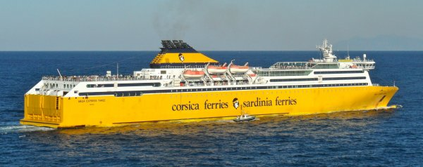 Articles de shipmania tagg s ferries page 4 for Mega express 2 piscine