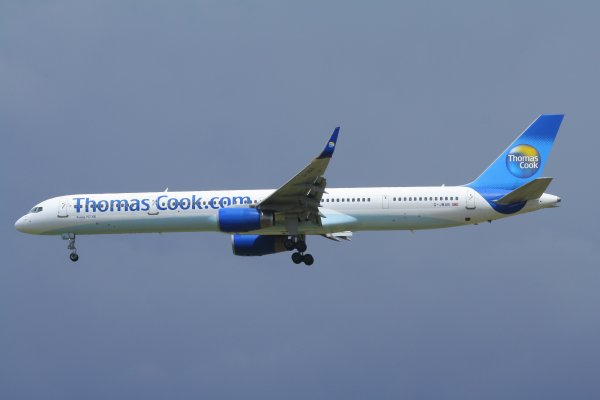 THOMAS COOK  BOEING 757-300  G-JMAB