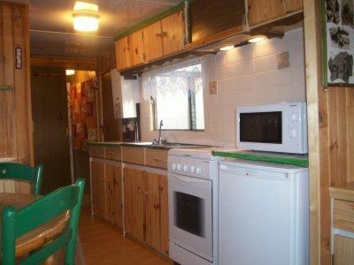 Bambou et sa petite cuisine quip e locations for Petite cuisine equipee