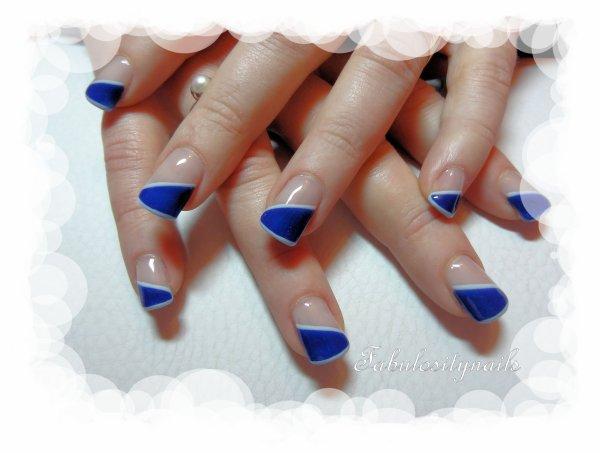 Ongle en gel french bleu - French ongle gel ...