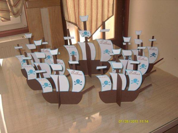 bateau pirate http deco fetes. Black Bedroom Furniture Sets. Home Design Ideas