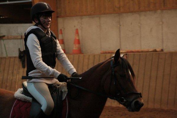 """""""Si les chevaux nous portent c'est qu'ils sont gentils. Ils ont la gentillesse de nous supporter. Ils nous supportent et ont parfois la bont� de nous faire don d'une toute petite part de leur gr�ce, nous n'avons rien invent�, rien."""""""