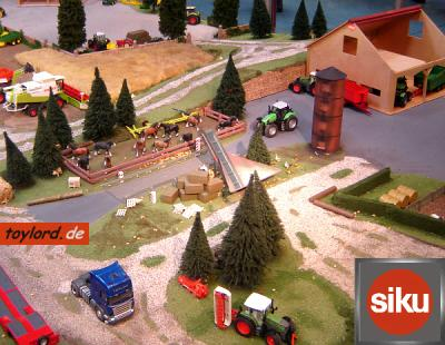 Siku 2459 ROULEAU COMPRESSEUR AGRICOLE 1/32, Miniatures, Maquettes
