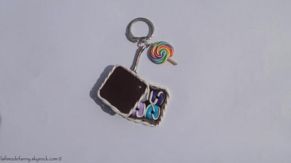 Porte-clés boîte donuts et sucette