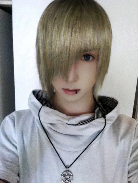 blonde hair!