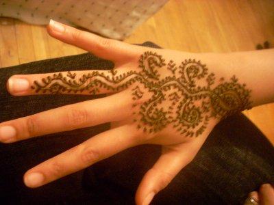 Motif de tatouage au henne pour les mains et pieds blog de tatouageauhenne - Dessin de henne pour les mains ...