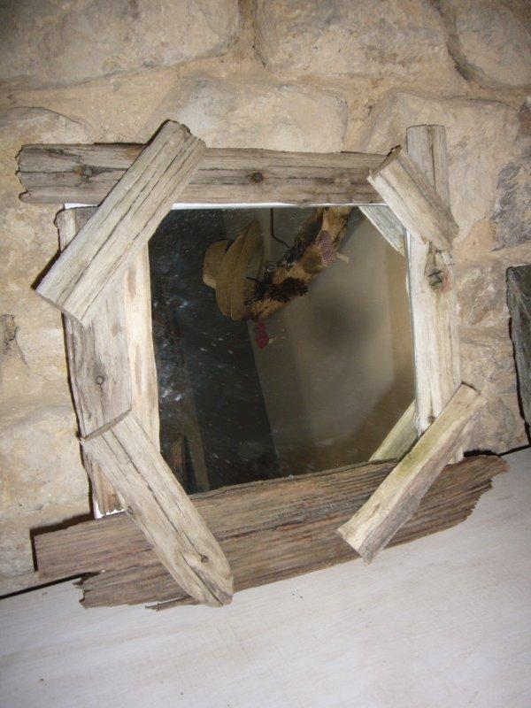 Vente objet en bois flotte et galet relookage de vieux for Cadre miroir bois flotte