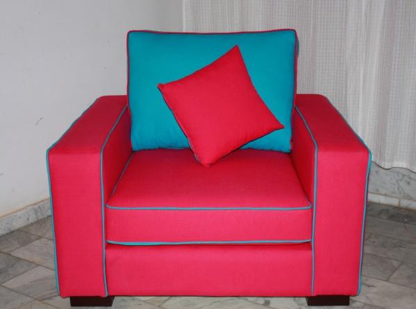 fauteuil rose fushia et dossier double face rose fushia et bleu turquoise blog de q7design. Black Bedroom Furniture Sets. Home Design Ideas