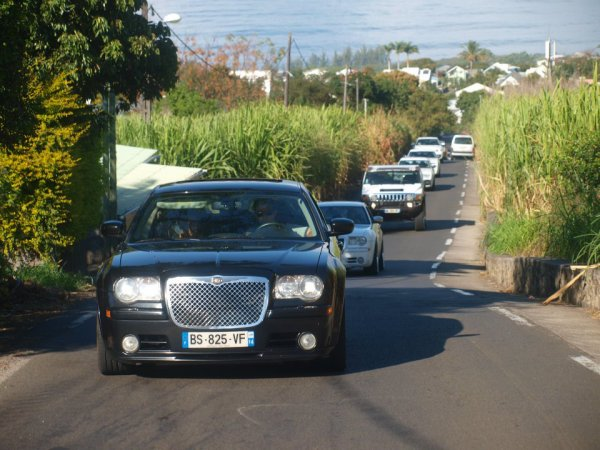 location voiture mariage r union contact 0692 54 93 58 limousine 974 by fr d rique location. Black Bedroom Furniture Sets. Home Design Ideas