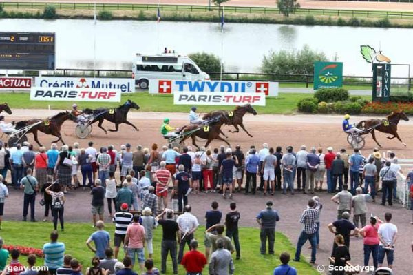 mercredi 8 juin 2016 laval trot attel�  g.n.t.  18 chevaux