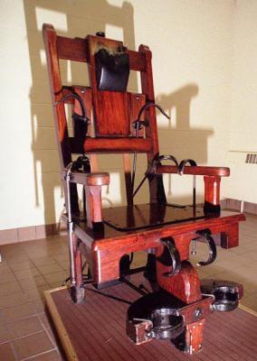 blog de sur la chaise electrique blog de sur la chaise electrique. Black Bedroom Furniture Sets. Home Design Ideas