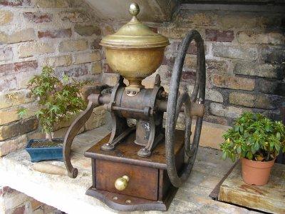 Moulin comptoir n 3 de a schettel lyon la guilloti re ma collection de moulins caf - Moulin a cafe de comptoir ...