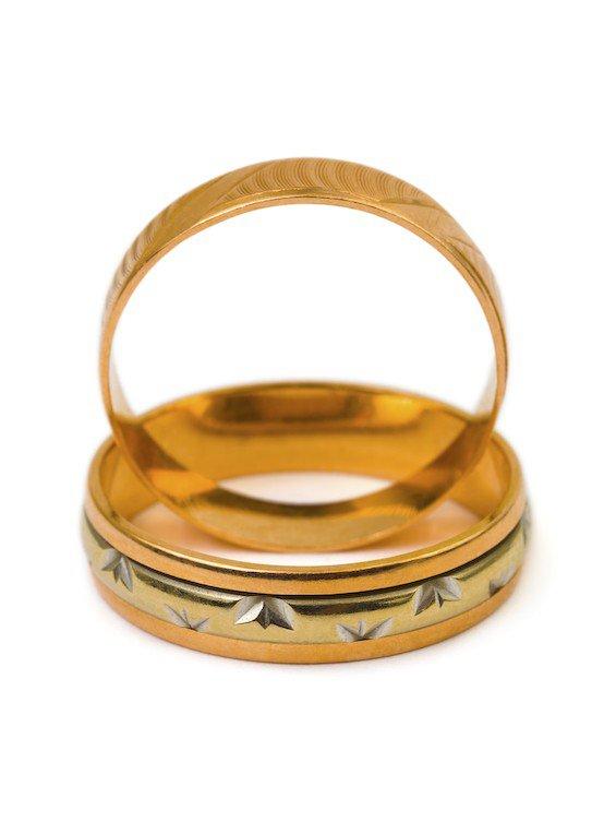 Conseils pour nettoyer bijoux en argent enya for Nettoyer couvert en argent
