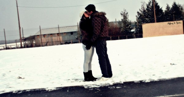 « Qui un jour aurait pu imaginer que nous deux on allait tant s'aimer »