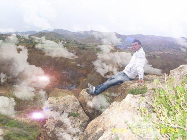 BloG OmaRi's ZiiK 2011 <<Cheb Nidal - 9albi Bghak >>  (2011) (2010)