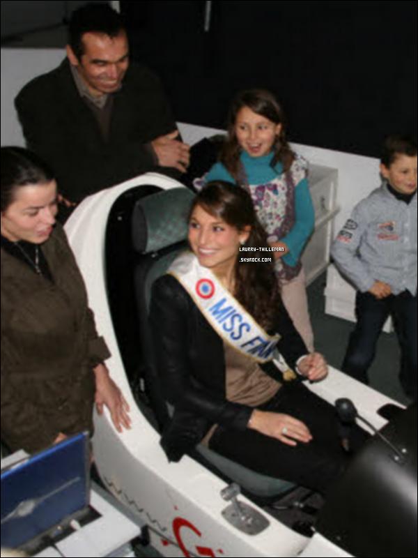 . 05/01 Laury Thilleman à visité en début d'après- midi, l'école de pilotage de Brest- Guipavas (29). Elle a eu le droit à une petite interview. (Voir ci-dessous)   .