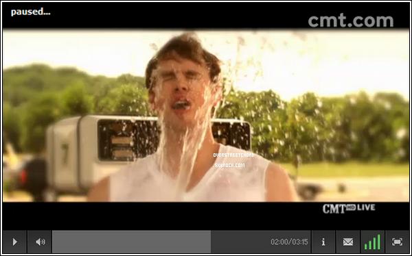 . 9 JUIN Voici la vidéo en question (voir article ci dessous) que Chord a tourné ! La vidéo est vraiment amusante et Chord est absolument sexy ! .
